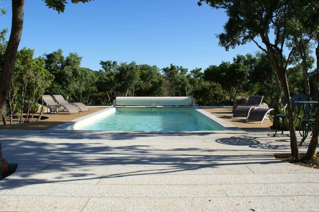 Les terrasses de la piscine...