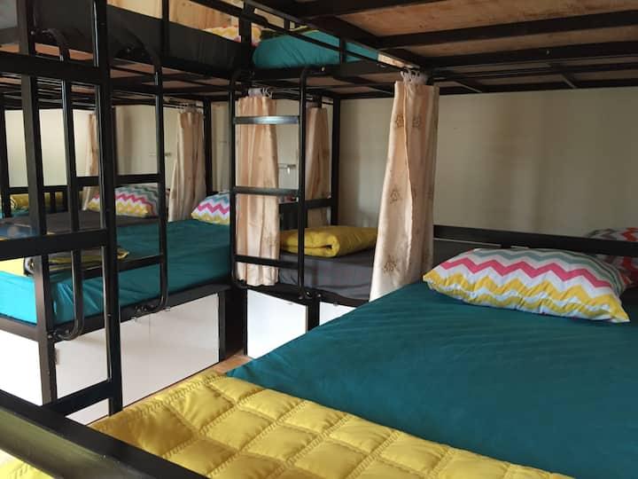10 beds_Dormitory room, balcony