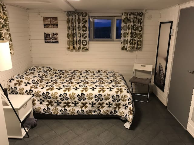bedroom with one 120 cm bed
