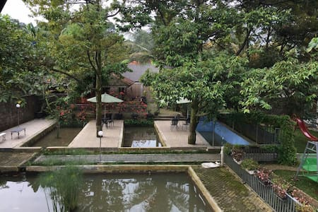 Villa Taman Air Gadog - Bogor - Puncak - Hus