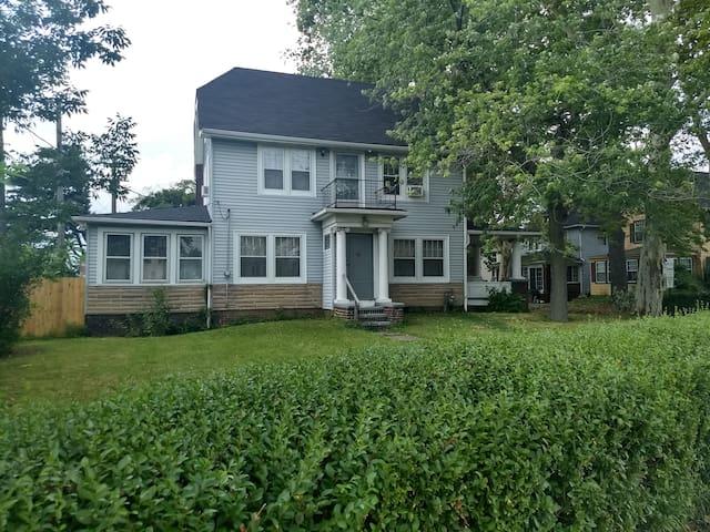 Lake Shore House