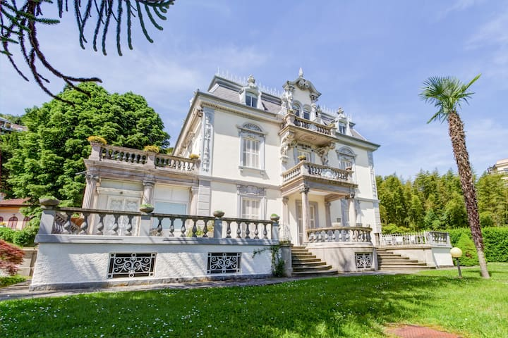 Luxury villa with amazing views - Stresa - Apartment