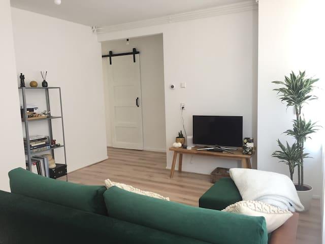Apartment w/ garden in Amsterdam Noord (Ijplein)
