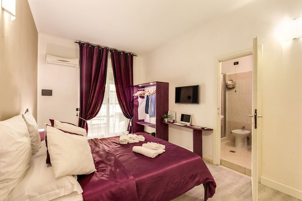 Double kitsch room with terrace