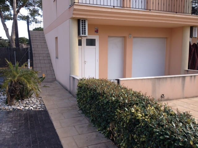 House - 30 m from the beach - L'Ampolla - Dom