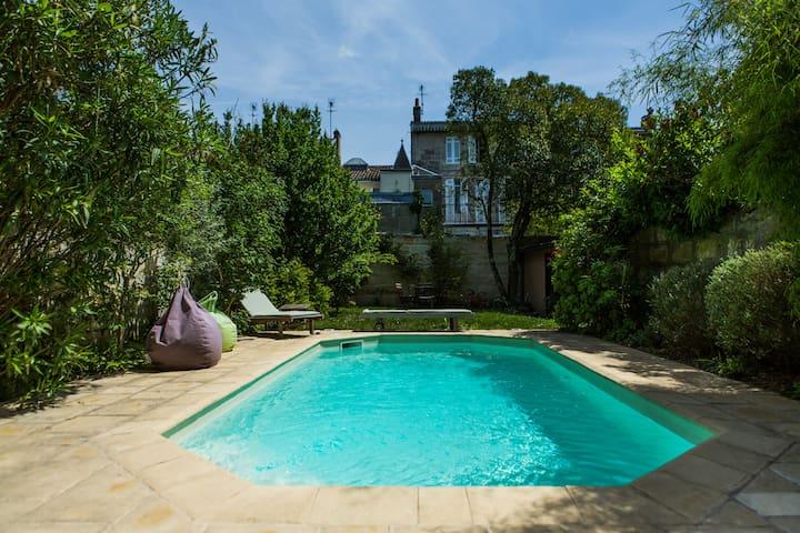 Chbre&salle eau, maison piscine B&B - บอร์กโดซ์ - ที่พักพร้อมอาหารเช้า