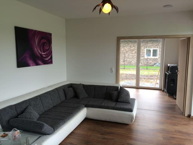 Zimmer in Ottersberg bei Bremen - Ottersberg - บ้าน
