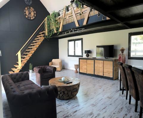 L'Annexe, modern en vriendelijk huis