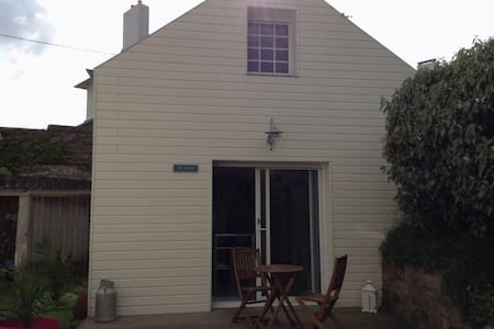 Nice renovated sea-side house - Carantec - Huis