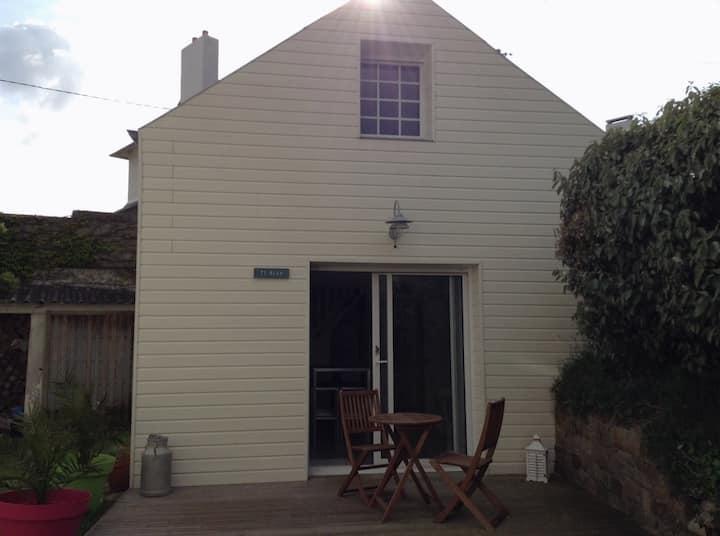 Nice renovated sea-side house