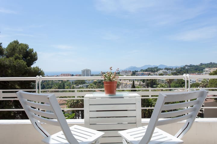 Panoramic view on Bay of Cannes