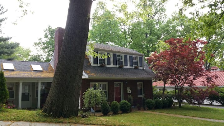 Hackensack - 1 bedroom for rent in shared house.