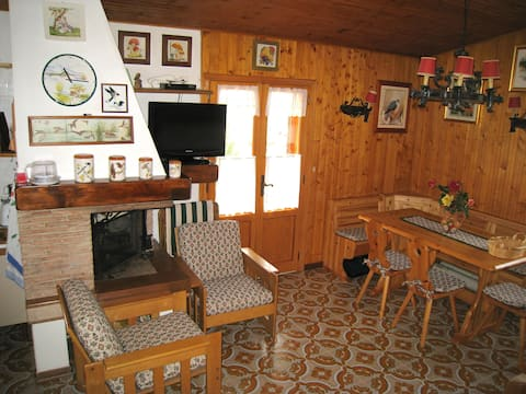 Charming 3 rooms flat, a great view of the valley