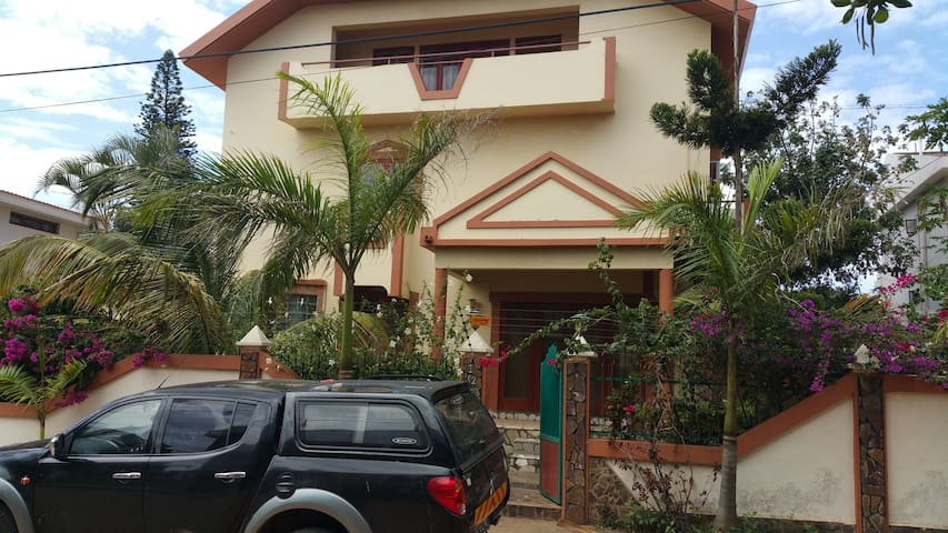 Nshuti House , friendly House 1 R - Maputo - Bed & Breakfast