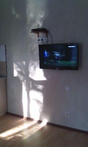 новая квартира с ремонтом - Novomoskovs'k