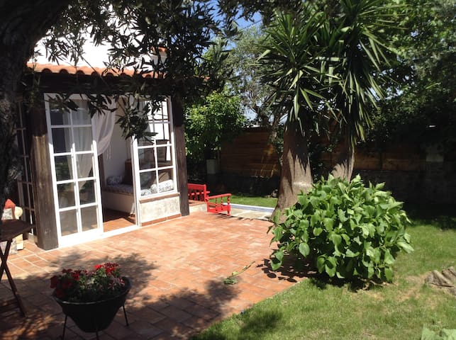 Lovely cottage house in Sintra - Sintra - Ev