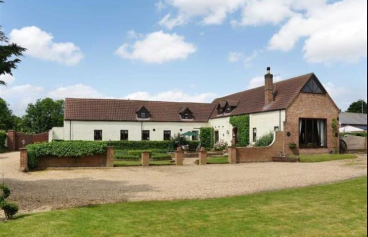 *Character, luxury  Accommodation* - Swineshead - Huis