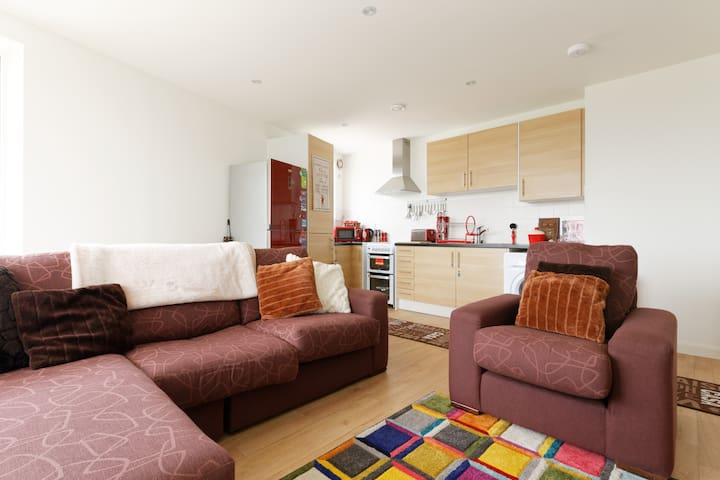 Modern City 1 Bed Apartment Overlooking 02 Arena