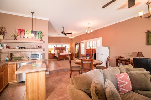 Large Guest House | Great Location | 850 sqft