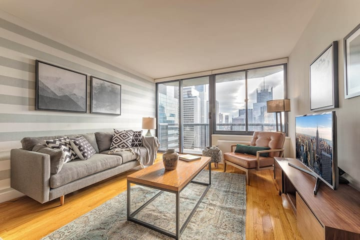 Ample 1BR w/ Indoor pool, Gym near Broadway by Blueground