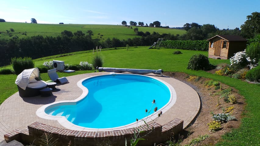 Perfect little flat with a pool! - Le Roux - Apartment
