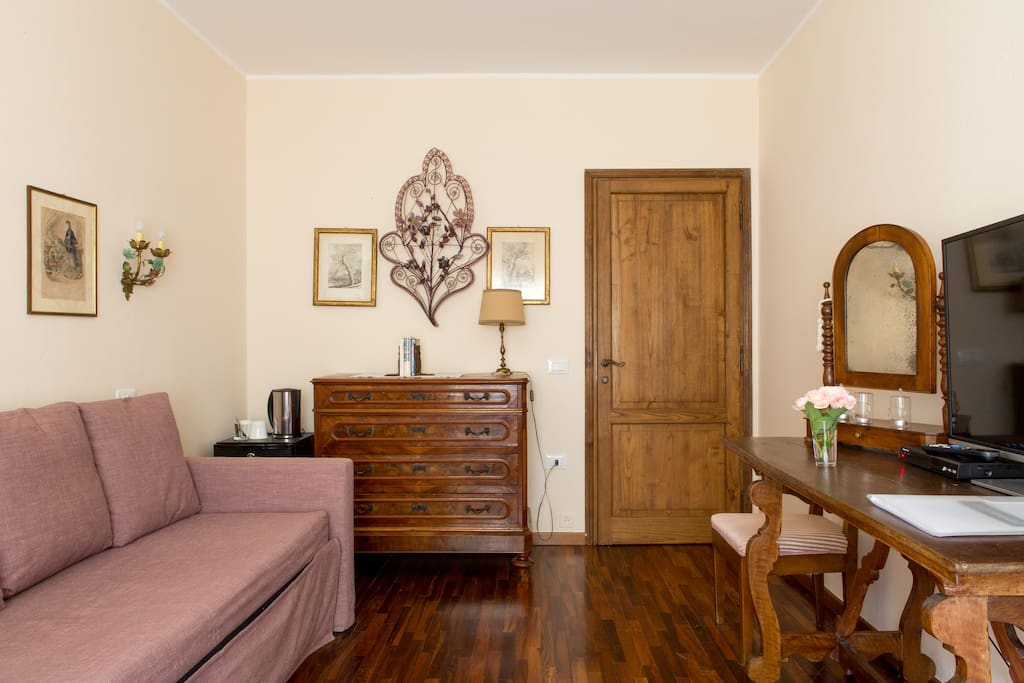Salvia suite chambres d 39 h tes louer mezzane di sotto for Chambre d hote italie