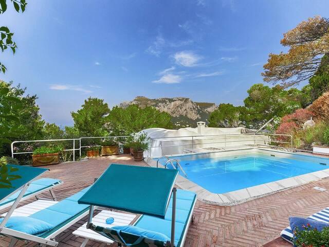 🏛🏛 Desirable location Villa in Capri  🏛🏛🏛