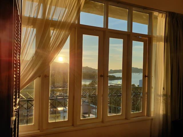 Century Suria Condo/Sunrise Sunset Seaview (High)