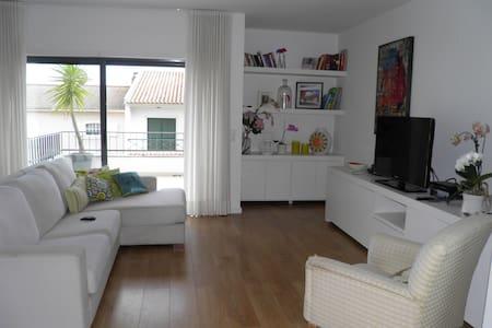 Modern and cozy chalet. - Alcabideche
