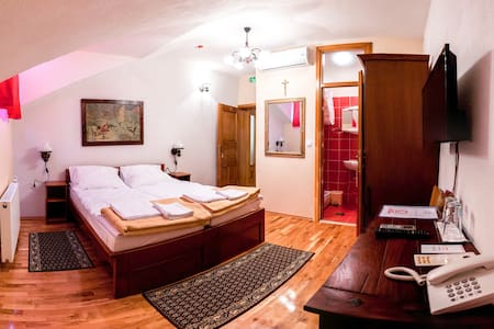 Sontacchi Winery - Davor room - Kutjevo - Bed & Breakfast