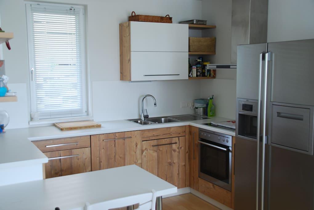 haus mit seeblick und bergpanorama maisons louer seewalchen salzbourg autriche. Black Bedroom Furniture Sets. Home Design Ideas