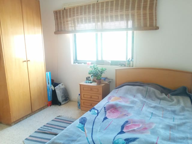 Beautiful Room in a great location - Ramallah - Departamento