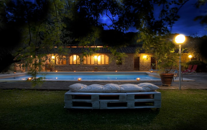 Tuscany home with swimming pool