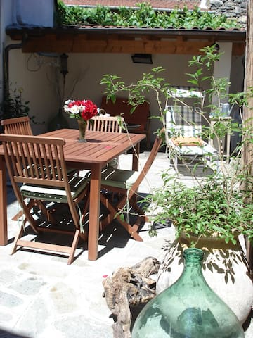 B&B in Dolceacqua a medieval town - Dolceacqua - Bed & Breakfast