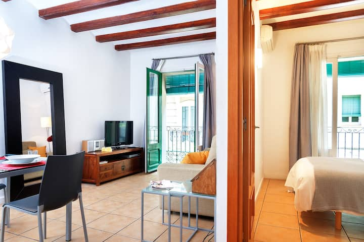 Cozy apartment in Poble Sec, central location
