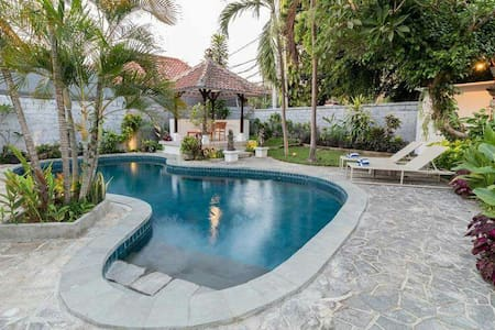 MIRACLE VILLA: Newly renovated  in Sanur, Bali