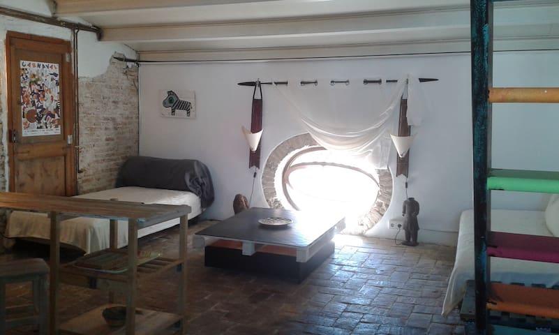 Loft with a special flair - Vilanova i la Geltrú - Haus