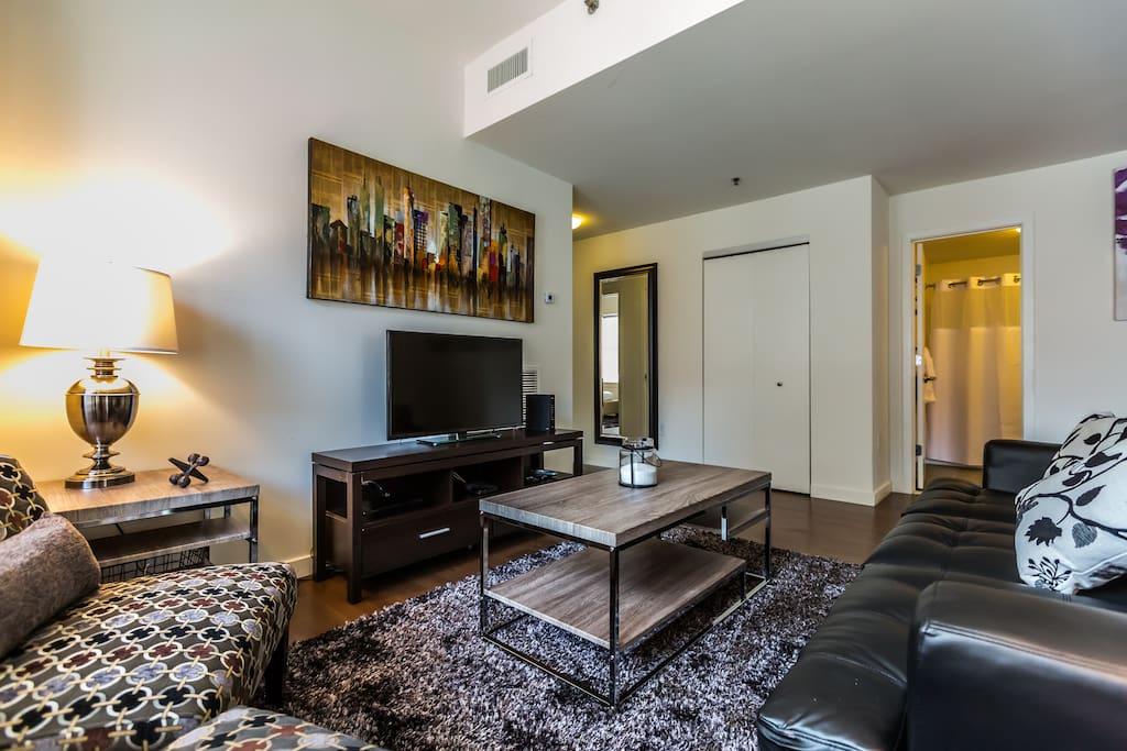Near love park apartments for rent in philadelphia for Apartments for rent in philadelphia no credit check