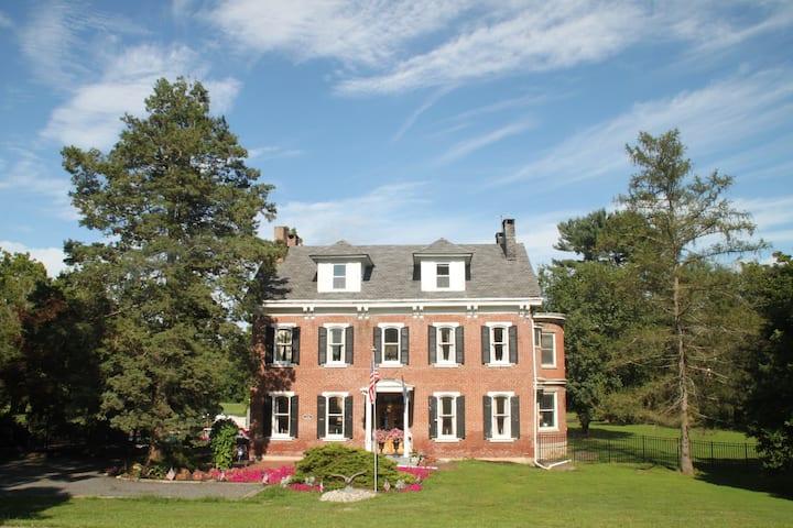John L Riegel Mansion