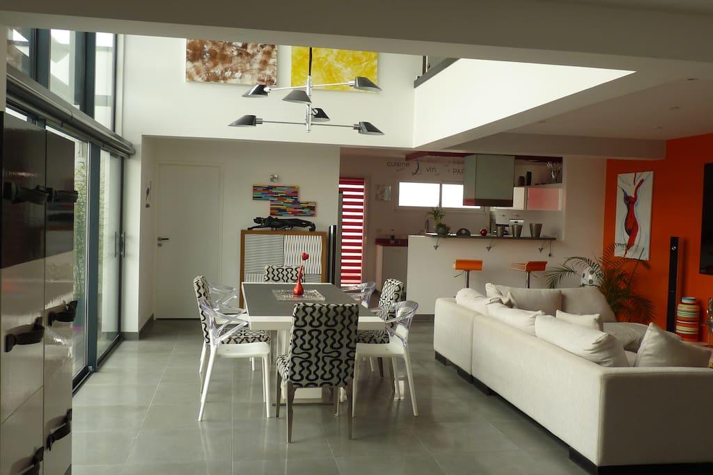 salon/sam/cuisine ouverte