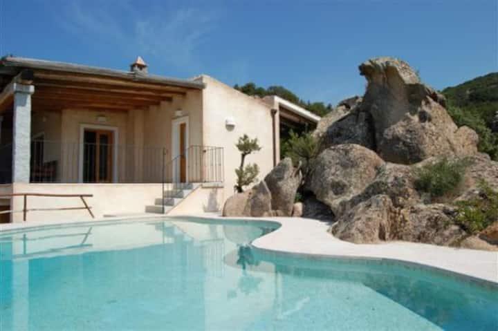 Villa La Silvaredda con piscina privata