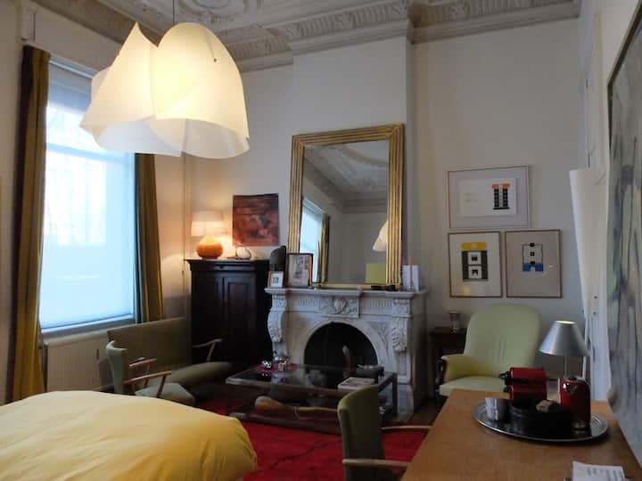 Vaste chambre de standing en plein coeur de Liège.