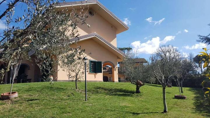 Beautiful  Private Villa in Rome -  Grottaferrata