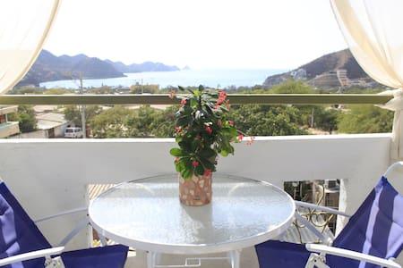 oceanview room, casa mandala taganga