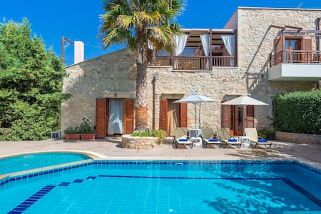 Villa Asteri - 4BD Stone-built villa - Αστέρι