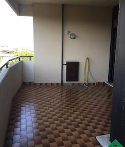 Appartement à Eur Rome - Rooma - Huoneisto