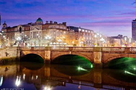 Dublin City Centre Apartment - Dublin