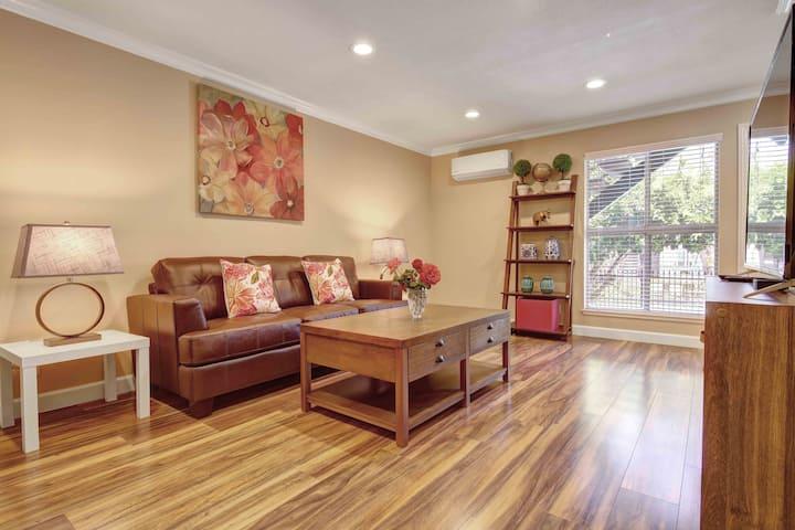 888 Luxury West San Jose / Saratoga Apartment
