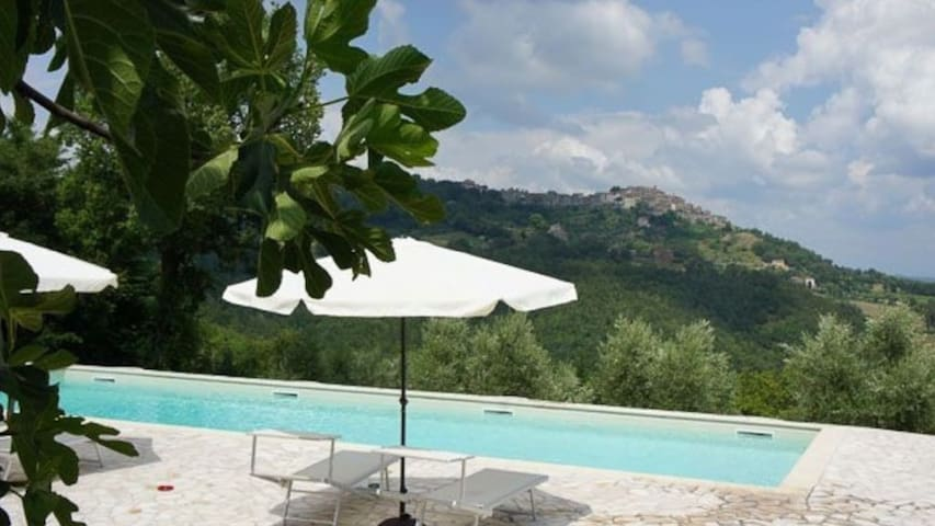 Villa near San Galgano for 11 ! with private Pool