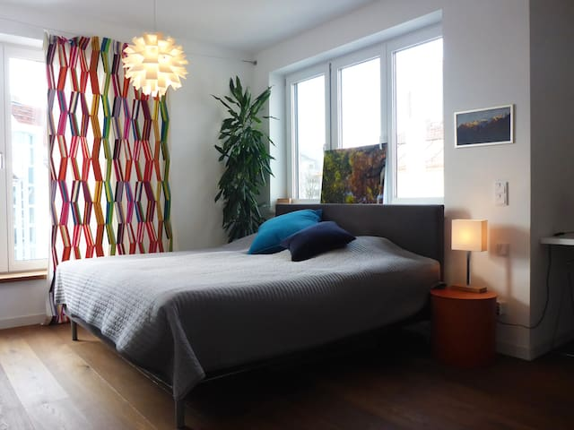 Stylisches Zimmer an d Isar for Business / Couples